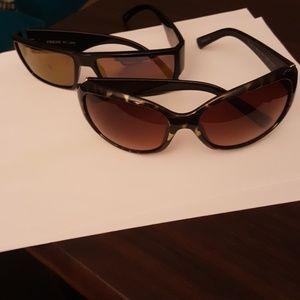 Set of two sunglasses like NEW